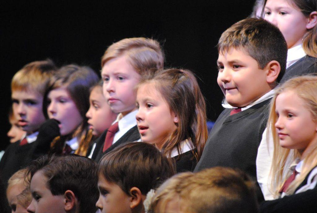 hcs students at recitation